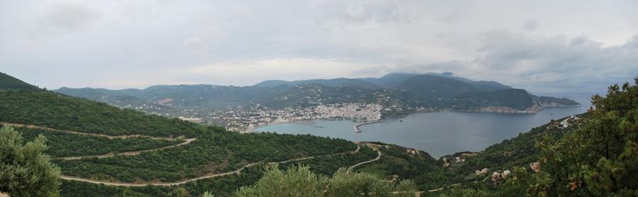 Skopelos nuo kalno