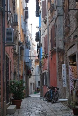 Salia Grisia street
