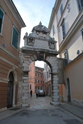 Miesto vartai